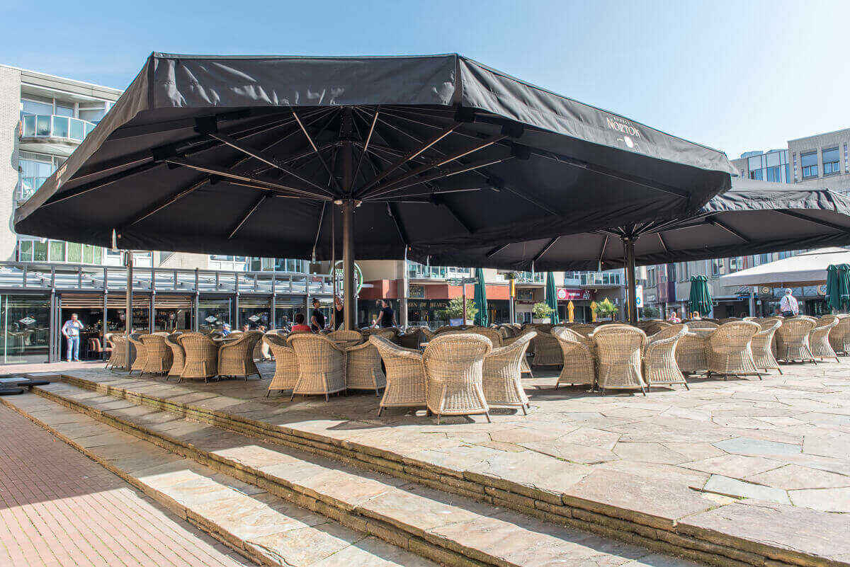 eetcafé-vrienden-van-de-burgemeester-4_optimized